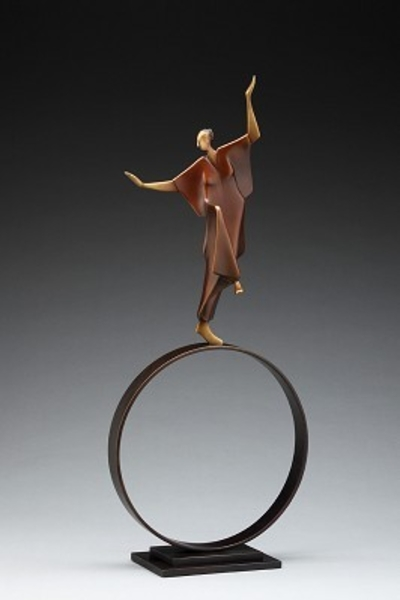 Carol z Gold Infinite Dancer